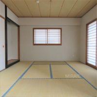 和室もバルコニーに面しており、明るく気持ちの良い空間となっています。