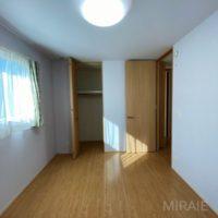 2階洋室の一つ