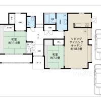 ゆったりとした2LDKの間取り。西側の和室とクローゼットの部分を二部屋に分けて3LDKにしても良いと思います。