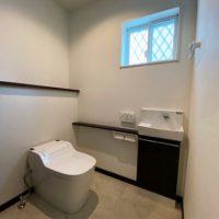1階はタンクレスのトイレで大変状態が良く、そのままご利用頂けます。
