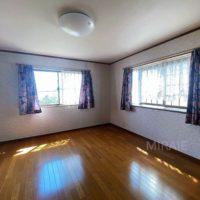 2F西側洋室はウォークインクローゼットがあるのでご夫婦の寝室に最適です。