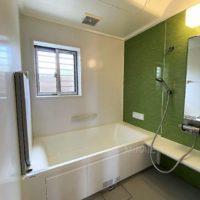 浴室は大変状態の良いユニットバス